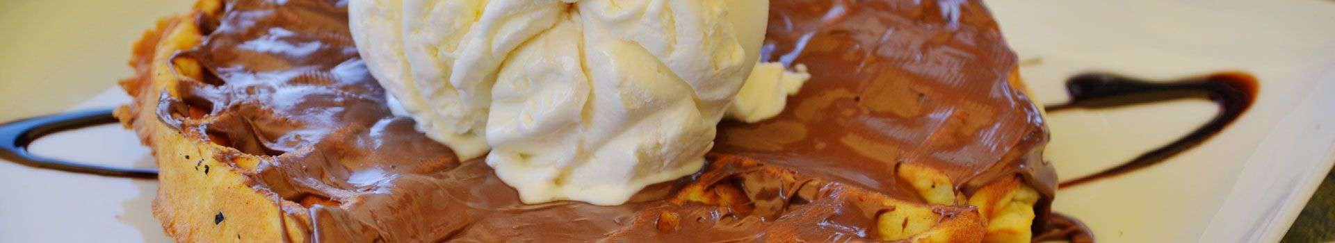 Βάφλα Σοκολάτα & Παγωτό - Κρεπερί La Place