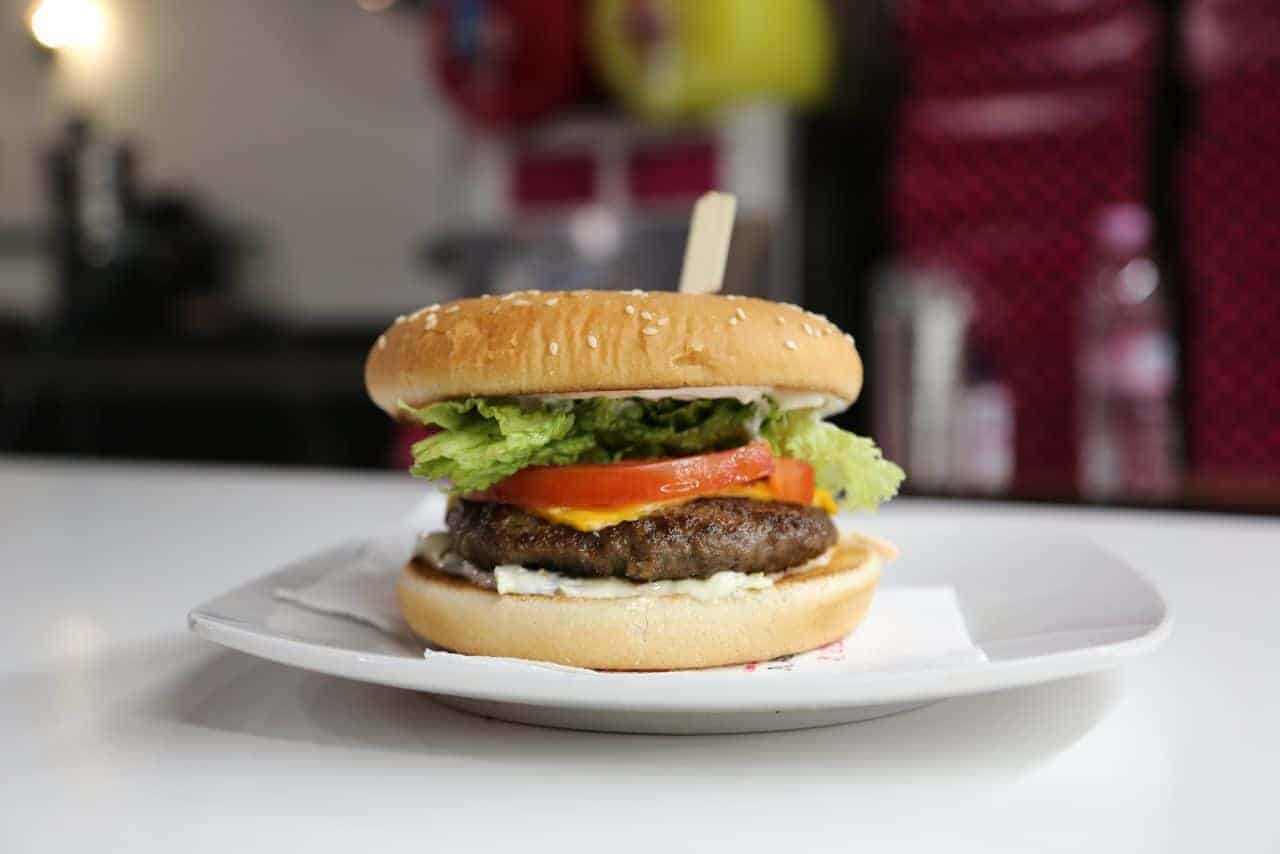 Burger Κρεπερί La Place - Κρέπες - Καφές - Burger - Sandwich 24 ώρες το 24ωρο